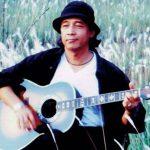 """จรัล มโนเพ็ชร """"ราชาแห่งโฟล์คซองคำเมือง""""  จากไปครบ 20 ปีแล้ว แต่ผลงานเพลงของเขา  """"ยังอยู่ในใจแฟนเพลง"""" ตั้งแต่อดีตจนถึงปัจจุบัน"""