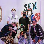"""ทัพคนดัง-ศิลปิน """"ตุล ไวทูรเกียรติ"""" """"คิด เบญจรงคกุล"""" ร่วมชมจัดงานแสดงศิลปะ """"My Way"""" Exhibition by NEV3R & MAX"""